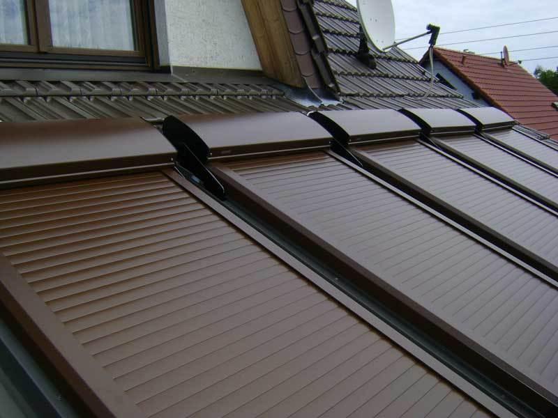 dachfensterrollladen atix s velux ggl moderne rollladen und markisen. Black Bedroom Furniture Sets. Home Design Ideas